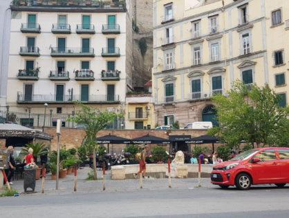 Piazzetta Leone a Mergellina, Locale Commerciale, Ampia Quadratura