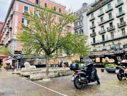 Piazzetta del Leone a Mergellina, 2 camere, cucina abitabile, LUMINOSO