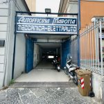 Piazza Ottocalli, locale locato con annessa abitazione